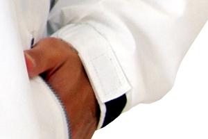 001-NFCの袖口