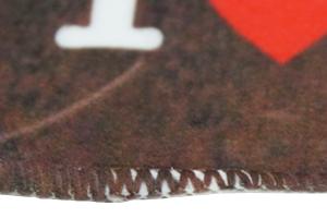 凹凸の深さによってはこのようにハッキリとした白残りが出る場合もあります。
