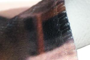タオル縫い目の凹凸