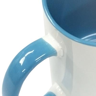 爽やかなブルーは男女問わず大人気のカラー