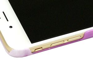 iPhone6の丸みある外縁にフィット