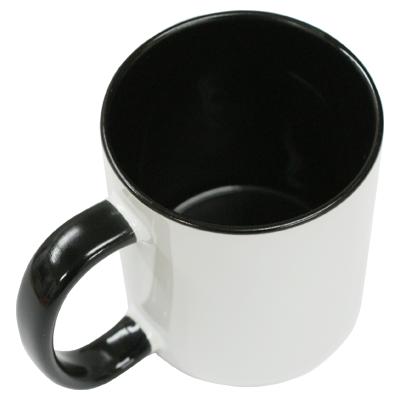 スタイリッシュな印象のブラックは男性へのプレゼントにも最適。