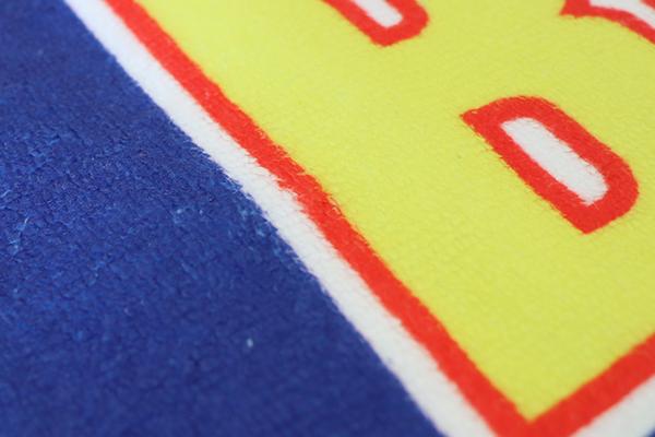 細かいデザインも鮮やかに表現!インクが生地にしっかり浸透しています