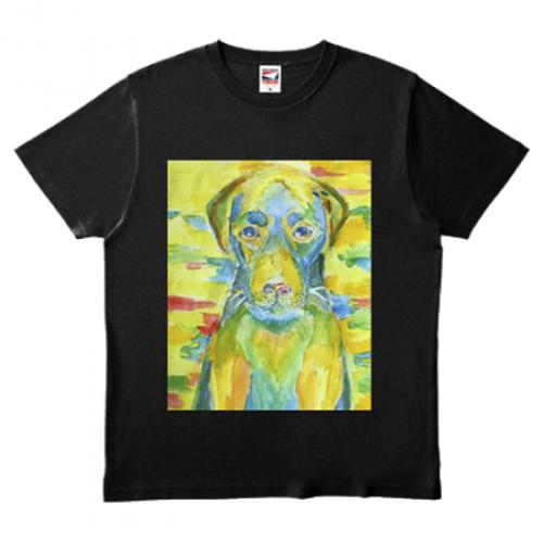 カラフルなイラストをプリントしたオリジナルTシャツ