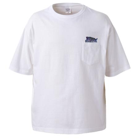胸ポケット上にワンポイントで猫をプリントしたオリジナルTシャツ
