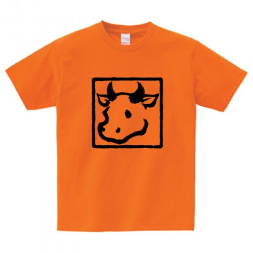 牛イラストのプリントTシャツ