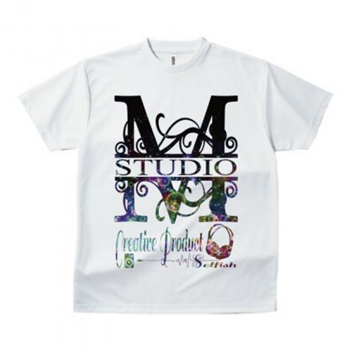 ゴシックデザインのアルファベットTシャツ
