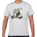 オリジナルのイラストを大きくプリントしたTシャツ