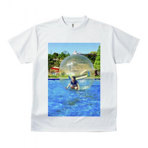 プールでの思い出写真をプリントしてオリジナルTシャツ
