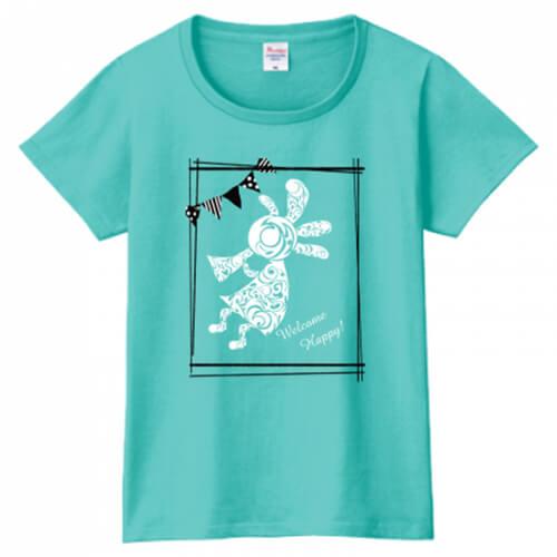 自作のデザインでレディース用のオリジナルTシャツを作成