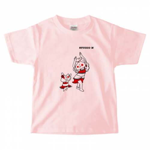 キュートな猫と女の子のイラストプリントTシャツ