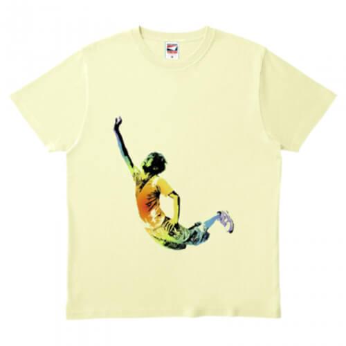 ジャンプ!躍動的なイラストのオリジナルTシャツ