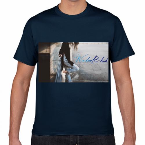 おしゃれな写真デザインを印刷したプリントTシャツ